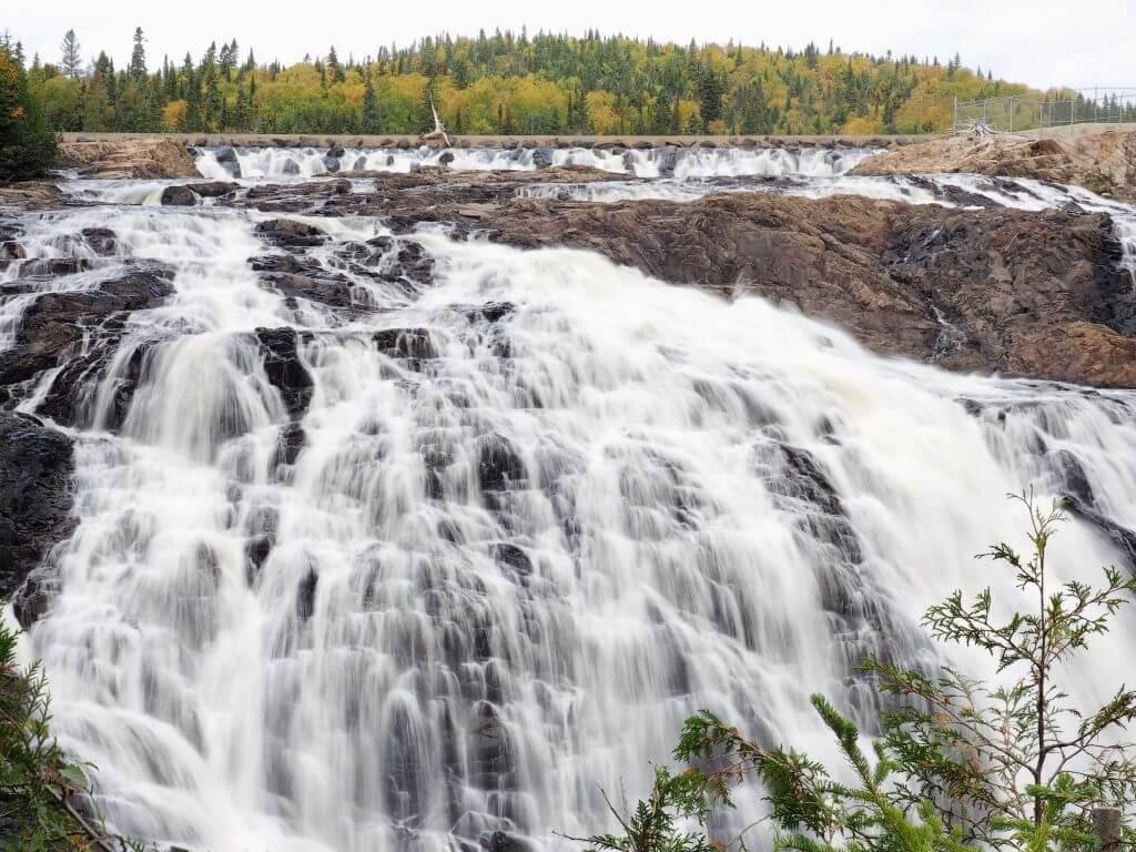 Scenic-Magpie-High-Falls