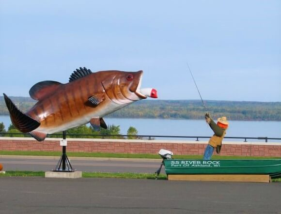 Lake Superior Roadside Attractions - Giant Small Mouth Bass