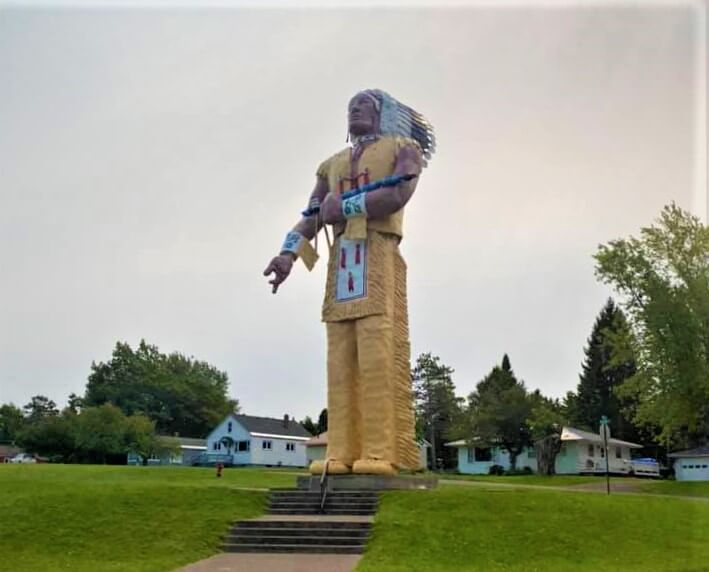 Lake Superior Roadside Attractions - Worlds Largest Indian Statue