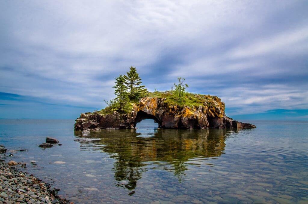 Lake Superior Natural Wonders - Hollow Rock
