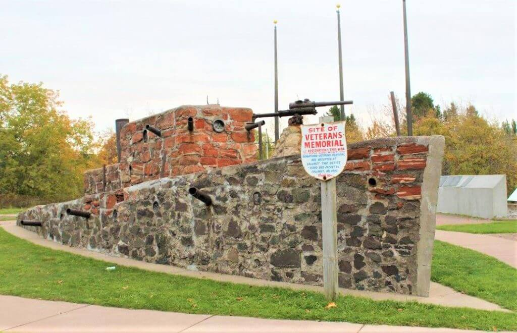 Lake Superior Roadside Attractions - Ship of Stones